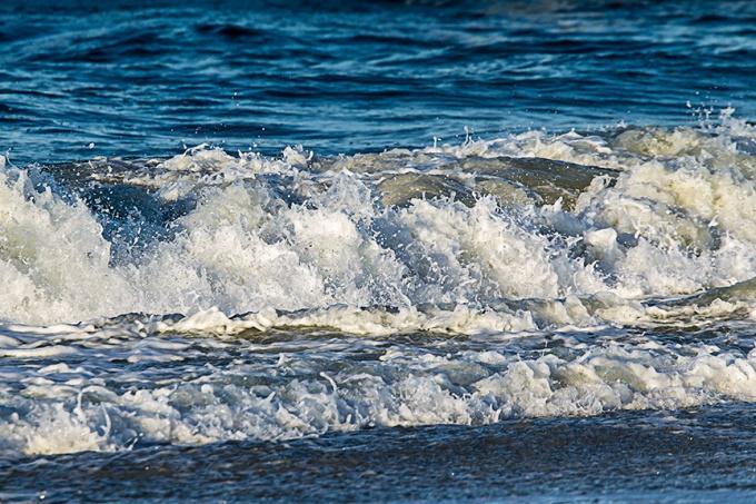 _43G3817 Nickerson Beach Surf v1