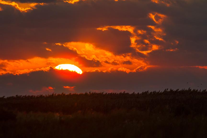 _43G2434 brig sunrise v1