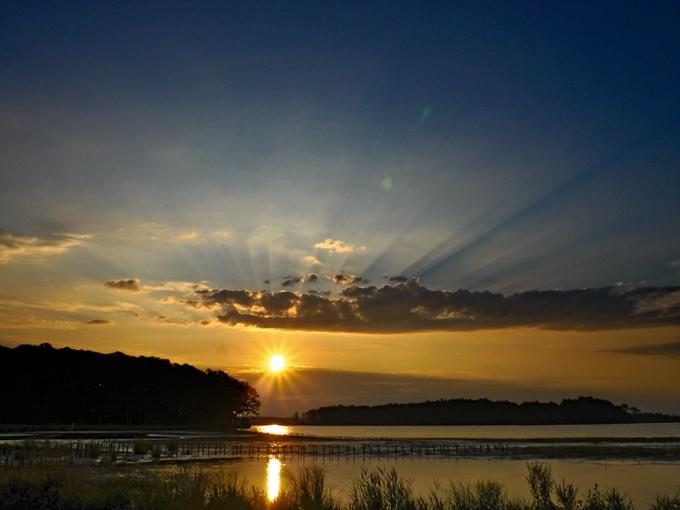bwr-sunrise-landscape-v2_1150436