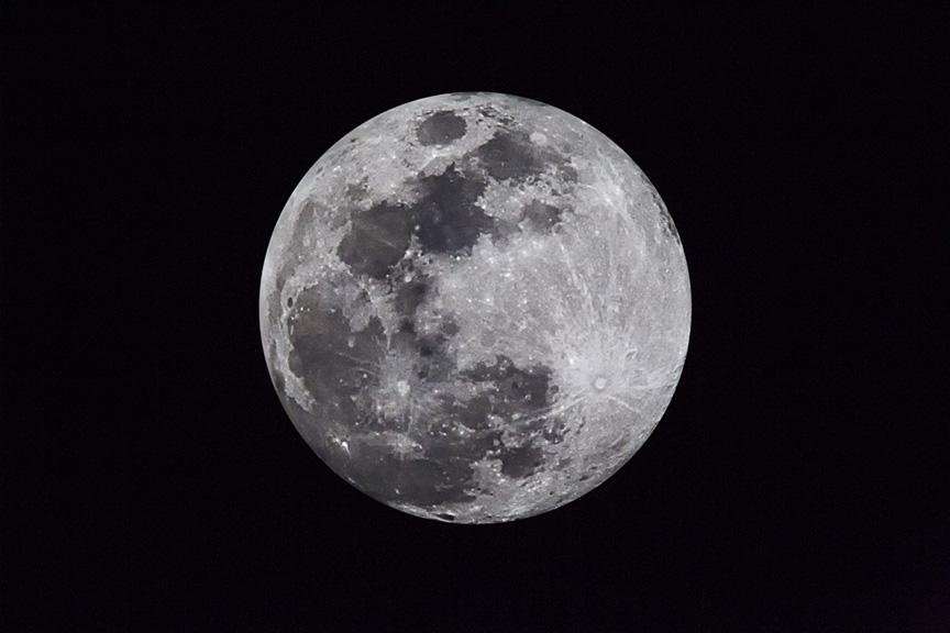Blue Moon 2x_v1v43G5017