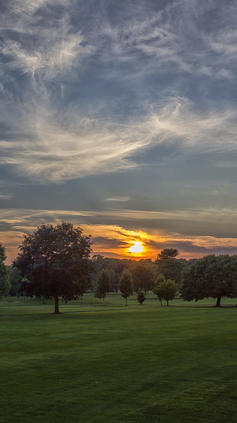 Golf_Course_Sunset_3img_vert_pan
