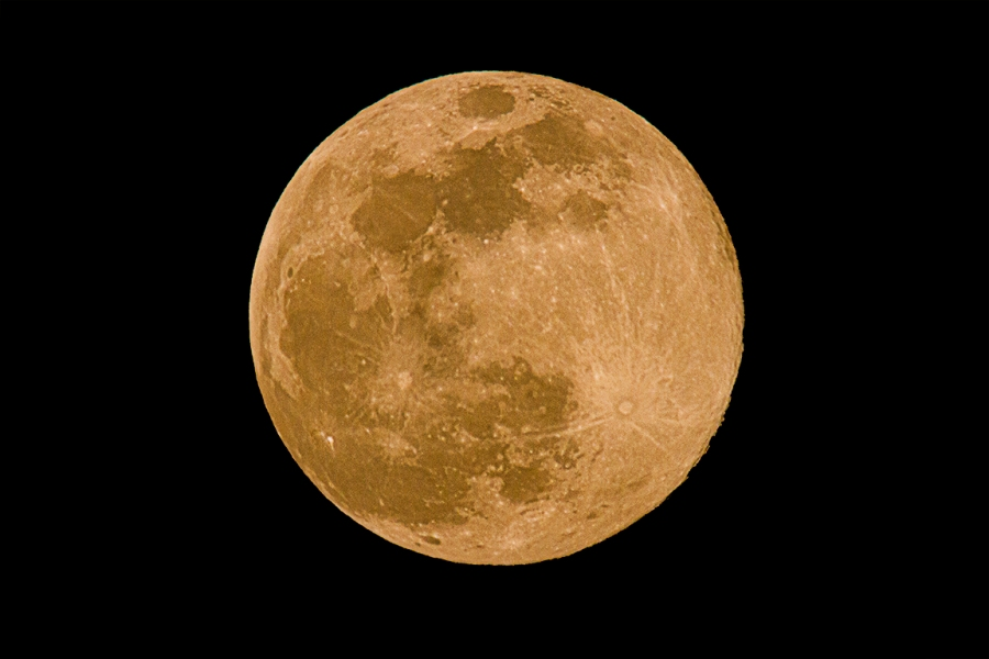 Pink_SuperMoon_v2_7D_600mm+2X_1920mm_MG_0401