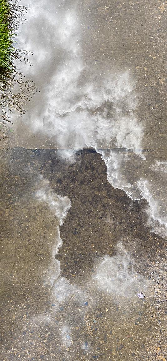 _Sidewalk_Clouds Reflection 4_img_iP11_Pro 6mm